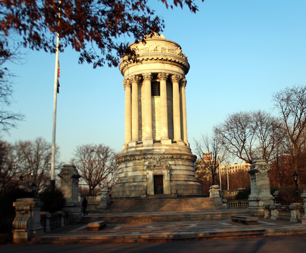 NYC – Soldiers & Sailors Monument -Memorial Day