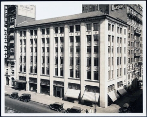 ford_54th and Broadway   (1922)_2257