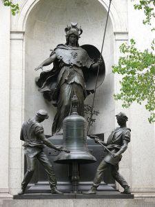 Manhattan_Herald_Square_James_Gordon_Bennett_Memorial