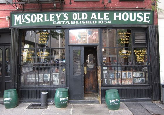 McSorley's_Old_Ale_House_001_crop