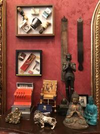 Antique Barber Memorabilia